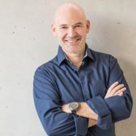 Profile picture for Dr. Tobias Kiefer