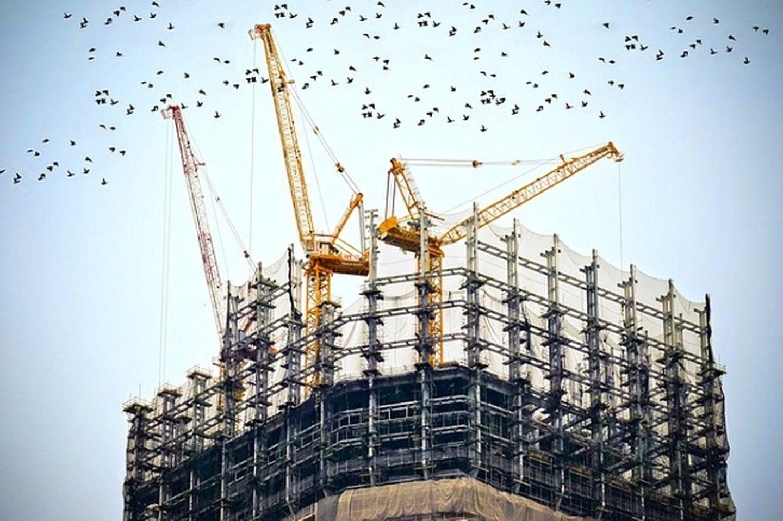 Building 768815_640 stock photo