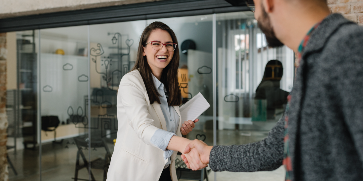 How many HR employees should one company hire?